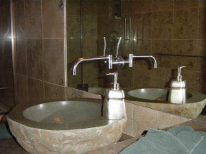Mirror-Faucet2